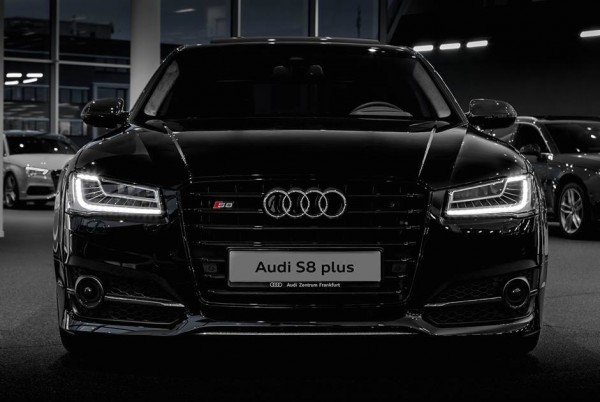 gallery audi s8 plus showroom photos. Black Bedroom Furniture Sets. Home Design Ideas
