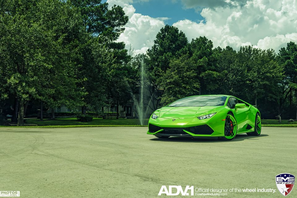 evs motors lamborghini huracan is our kind of green car. Black Bedroom Furniture Sets. Home Design Ideas