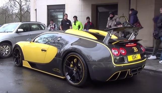 oakley design bugatti veyron filmed on the road. Black Bedroom Furniture Sets. Home Design Ideas