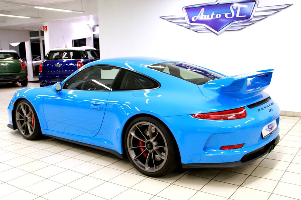 Eye Candy Riviera Blue Porsche 991 Gt3