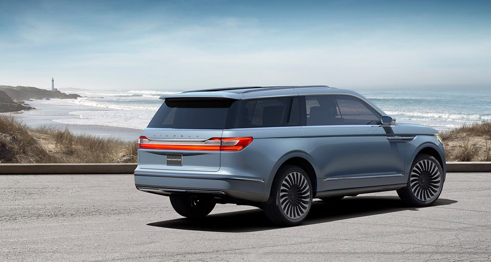 2017 lincoln navigator concept unveiled at nyias. Black Bedroom Furniture Sets. Home Design Ideas