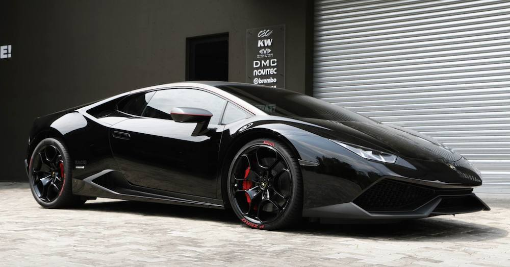 Spotlight Black On Black Lamborghini Huracan