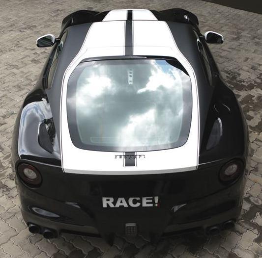 Ferrari-F12-Race-00