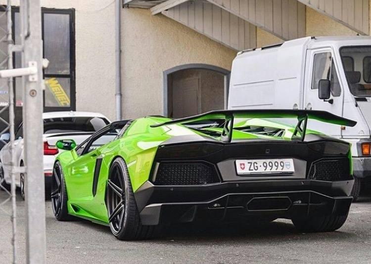 Luxury Customs Aventador Hulk on Aftermarket Suspension Brands