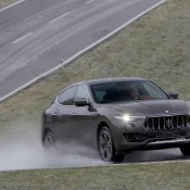 Maserati Levante Action-5