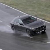 Maserati Levante Action-6