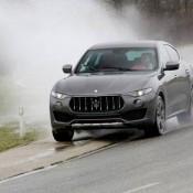 Maserati Levante Action-8