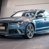 Polarblau Audi RS6-1