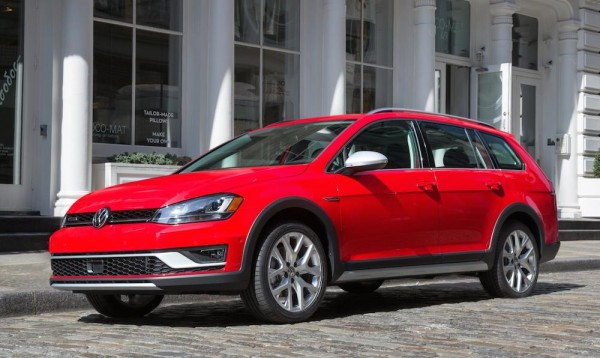 VW Golf Alltrack-0