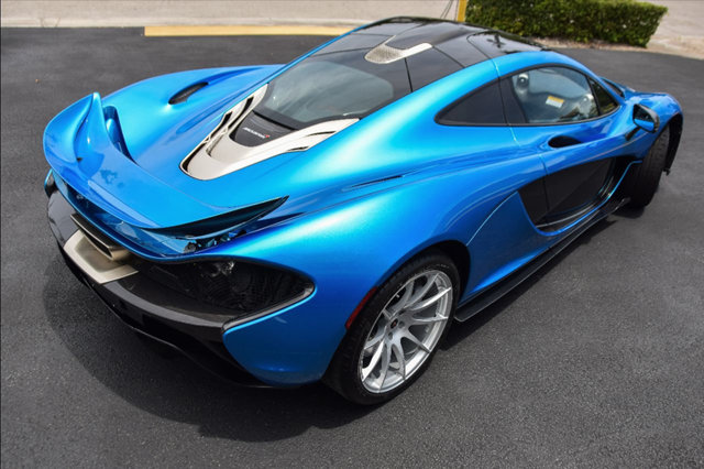 cerulean blue mclaren p1 on sale for 2 3 million. Black Bedroom Furniture Sets. Home Design Ideas