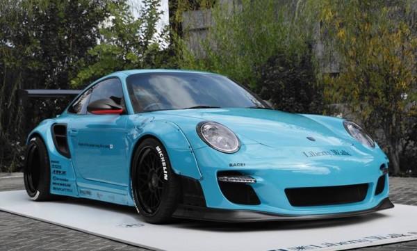 Liberty Walk Porsche 997-RACE-0