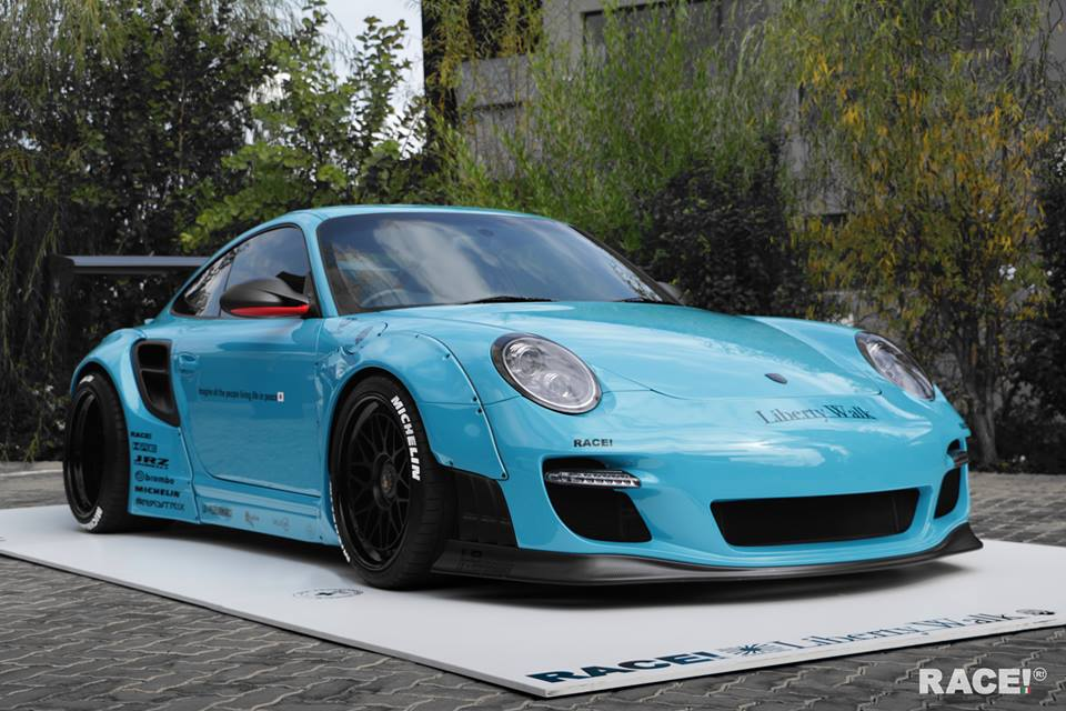 liberty walk porsche 997 by race south africa. Black Bedroom Furniture Sets. Home Design Ideas