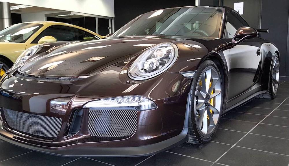 Lslm016 also Spotlight Mahogany Brown Porsche 991 Gt3 Rs as well Porsche 911 Gt3 Touring Pack Revealed In Pictures besides 4409938750 as well Gto63. on ferrari model 3