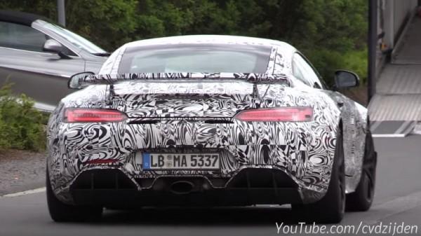 Mercedes-AMG GT-R Spot