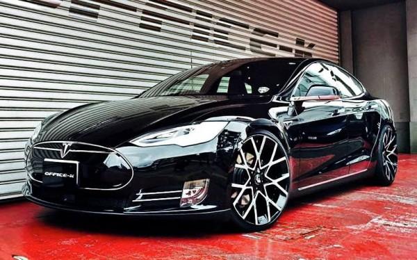 Office-K Tesla Model S-0