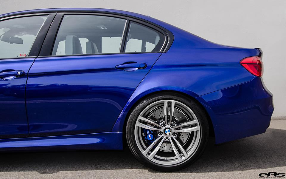 Spotlight San Marino Blue Bmw M3