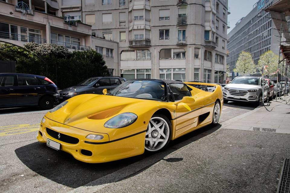 Photoshoot: Yellow Ferrari F50 in Switzerland