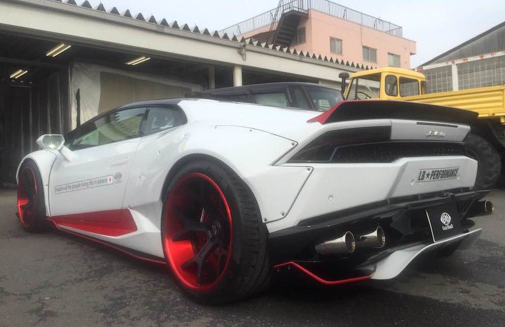 this is the maddest liberty walk lamborghini huracan yet. Black Bedroom Furniture Sets. Home Design Ideas
