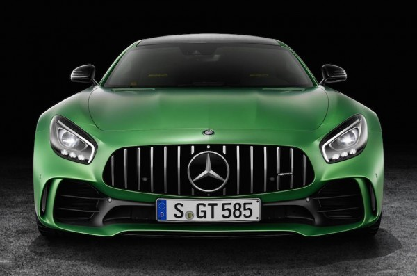 Official: Mercedes AMG GT R
