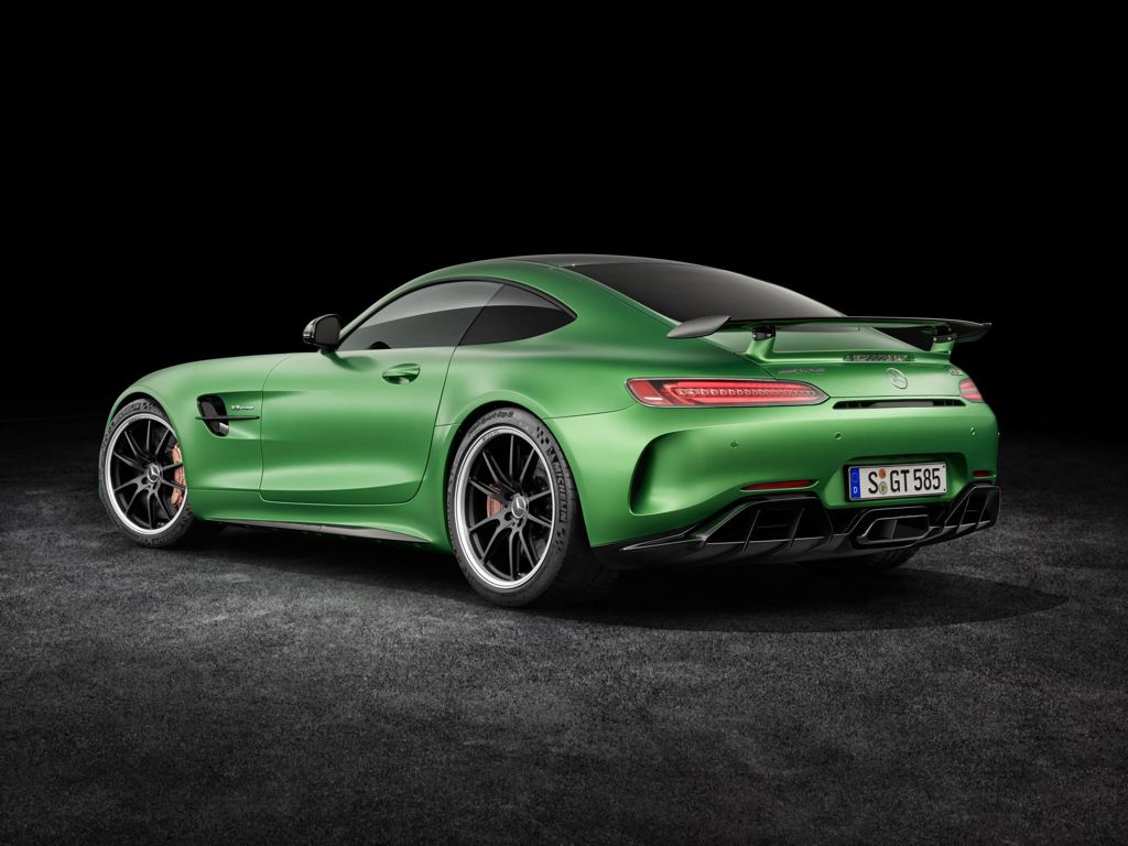 official mercedes amg gt r. Black Bedroom Furniture Sets. Home Design Ideas