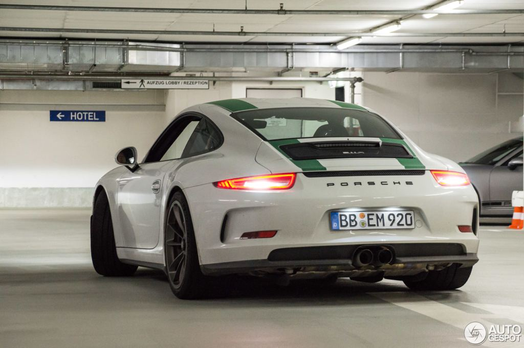 porsche 911 r twins sighted in germany. Black Bedroom Furniture Sets. Home Design Ideas