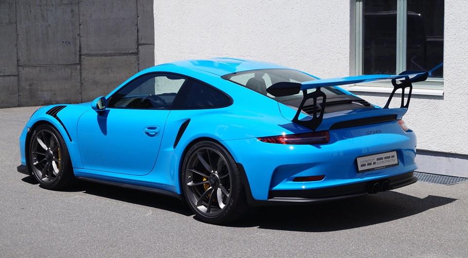 Eye Candy: Mexico Blue Porsche GT3 RS