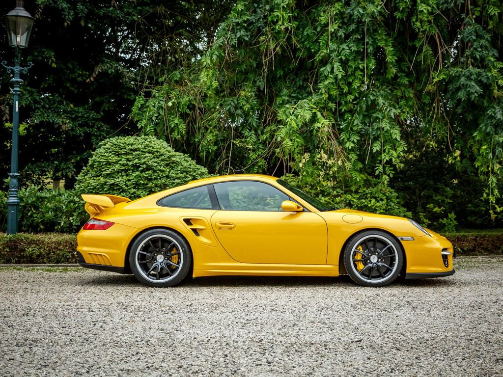 Lastcarnews Porsche 997 Gt2 With Superb Specs Spotted For