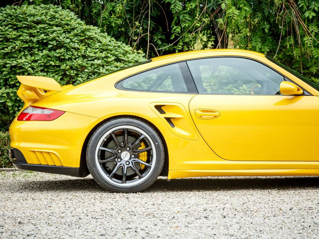 porsche 997 gt2 with superb specs spotted for sale. Black Bedroom Furniture Sets. Home Design Ideas