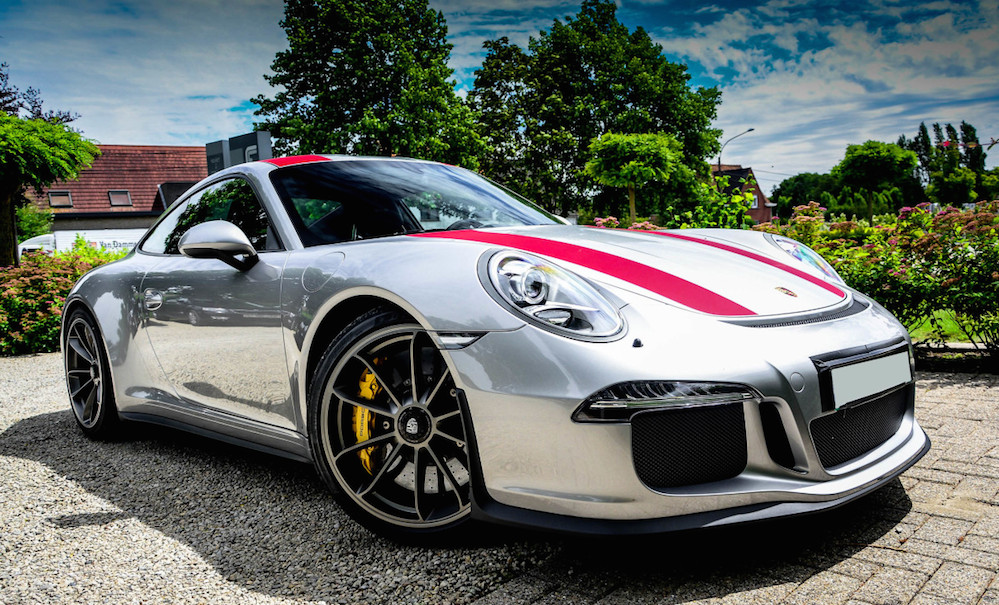 silver porsche 911 r is just eye popping. Black Bedroom Furniture Sets. Home Design Ideas