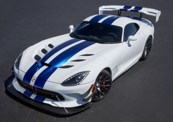 limited vipers 4 600x424 at Final Dodge Viper Limited Editions Sell Out In Minutes