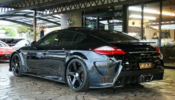 Black Mansory Porsche Panamera-0