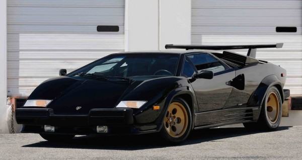 Lamborghini Countach auction 0 600x318 at Up for Grabs: Lamborghini Countach with 10K Miles