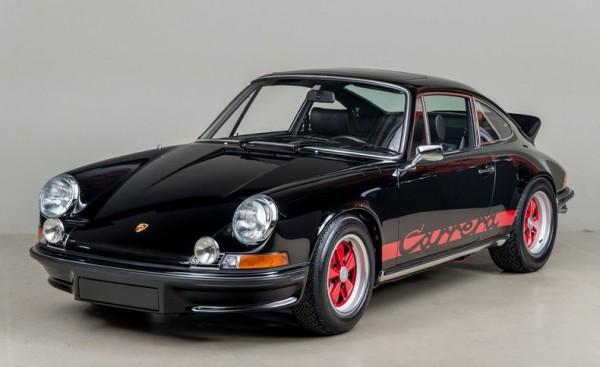 Black Porsche 911 Carrera RS-0