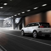 Peugeot 5008 5 175x175 at Official: Peugeot 5008
