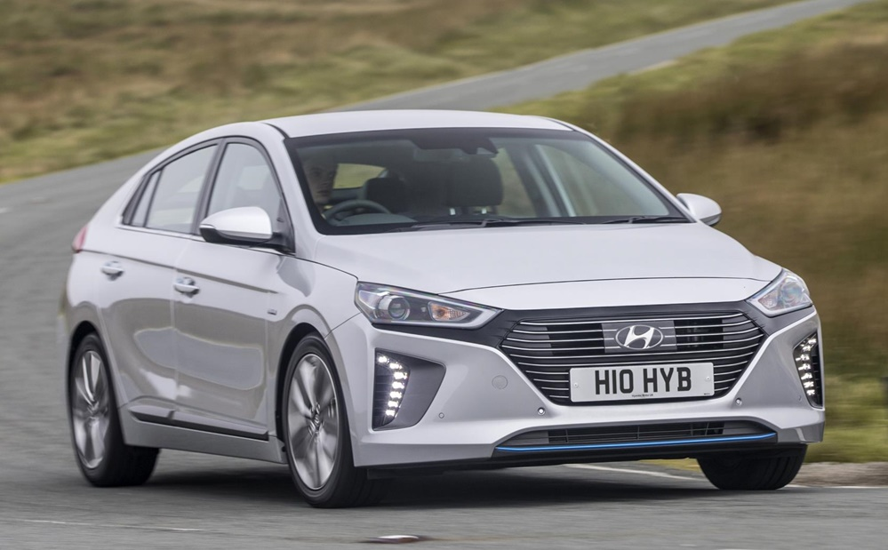 uk spec hyundai ioniq details and pricing. Black Bedroom Furniture Sets. Home Design Ideas