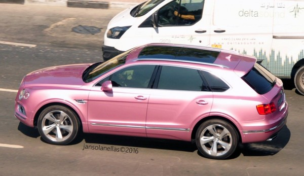 Pink Bentley Bentayga 0 600x347 at Pink Bentley Bentayga Spotted in the Wild