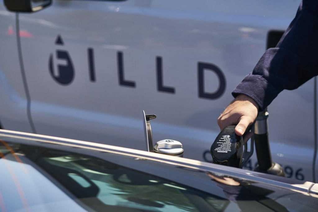 filld bentley at Filld for Bentley Eliminates the Need for Refueling