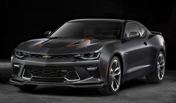 2017 Chevrolet Camaro 50thAnniv 0081 600x353 at Special Edition Camaro Awarded to 2016 World Series MVP