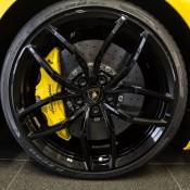 Giallo Inti Lamborghini Huracan Spyder-10