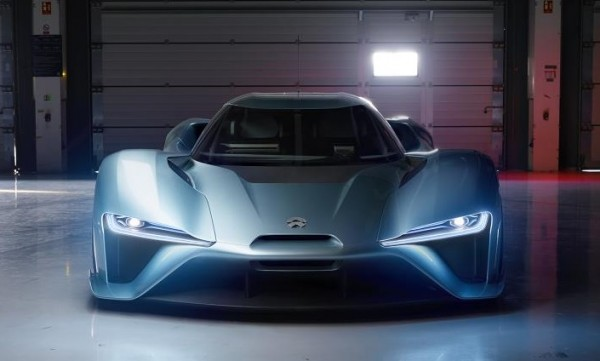 NIO EP9 2 600x361 at NextEV Unveils NIO EP9 Electric Supercar