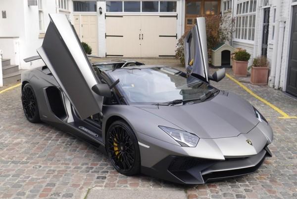 Lamborghini Aventador SV Quadruplet-0