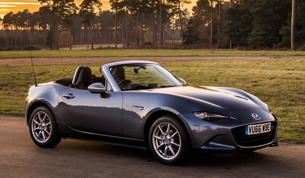 Mazda MX 5 Arctic 0 at Official: Mazda MX 5 Arctic Special Edition