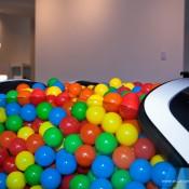 SR-Auto-porsche-918-balls-4