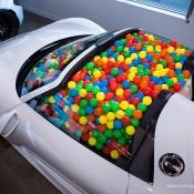 SR-Auto-porsche-918-balls-5