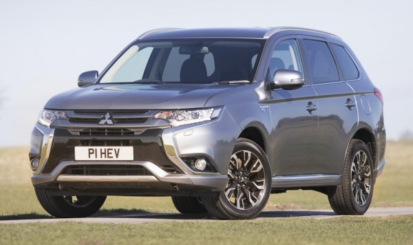 Mitsubishi Outlander PHEV Juro 0 600x356 at 2017 Mitsubishi Outlander PHEV Juro   Specs and Pricing