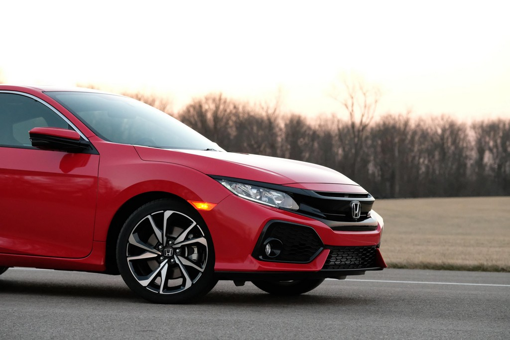 Official 2017 honda civic si coupe and sedan for Honda civic si 2017 sedan