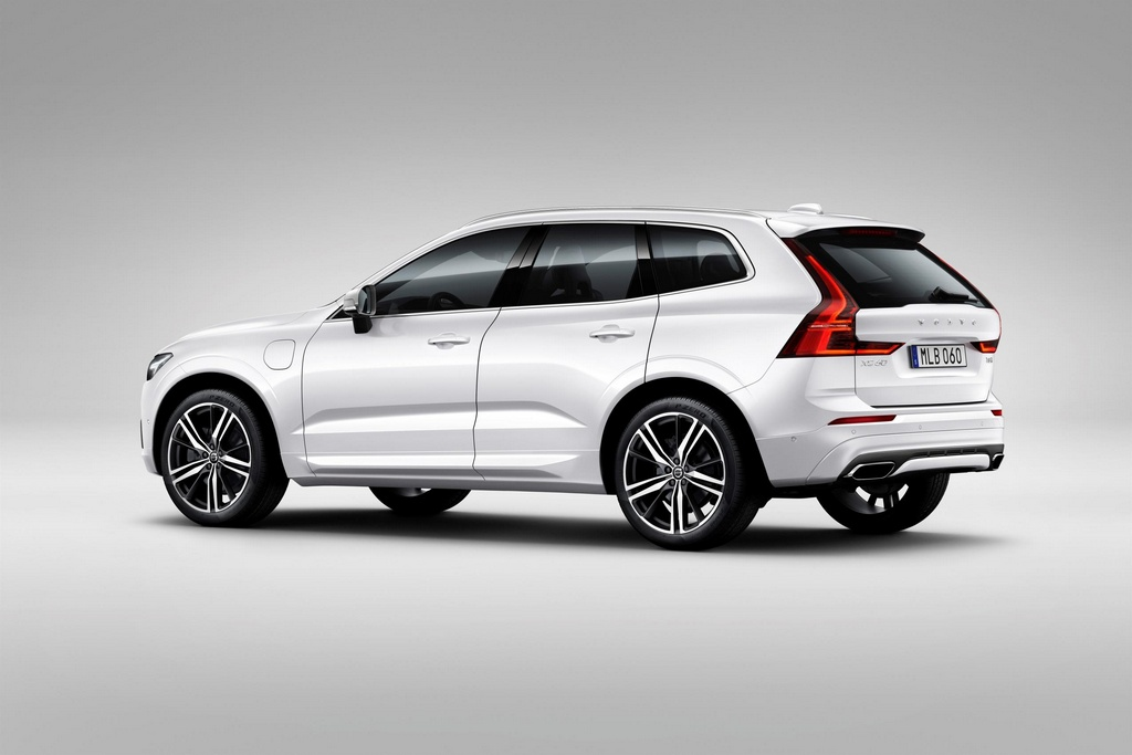 2018 volvo xc60 uk pricing and specs. Black Bedroom Furniture Sets. Home Design Ideas