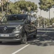 Renault 91053 global en 175x175 at Official: Renault TRAFIC SpaceClass