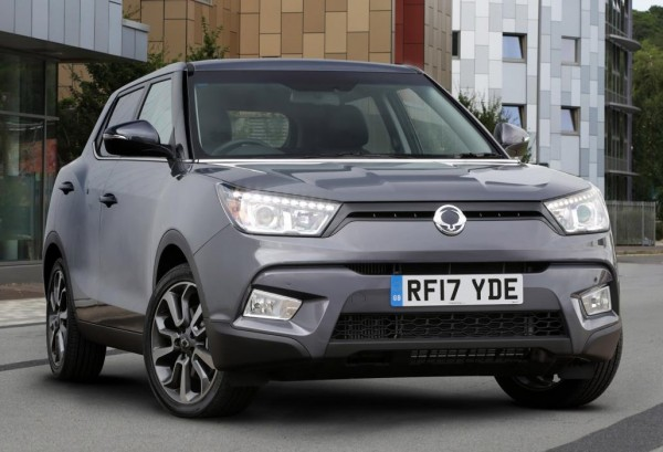 SsangYong Tivoli ELX 1 600x409 at 2017 SsangYong Tivoli Safety Systems in Action