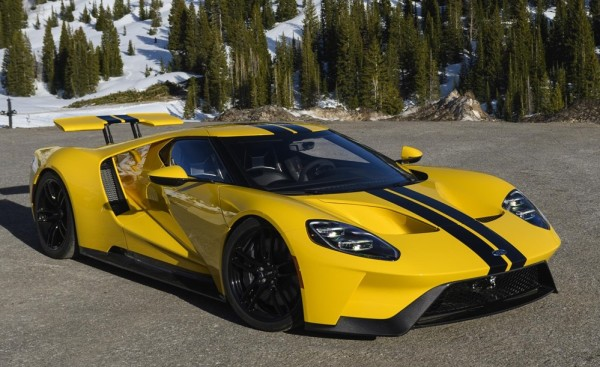 ford gt top 600x367 at 2018 Ford GT Driven on Road and Track
